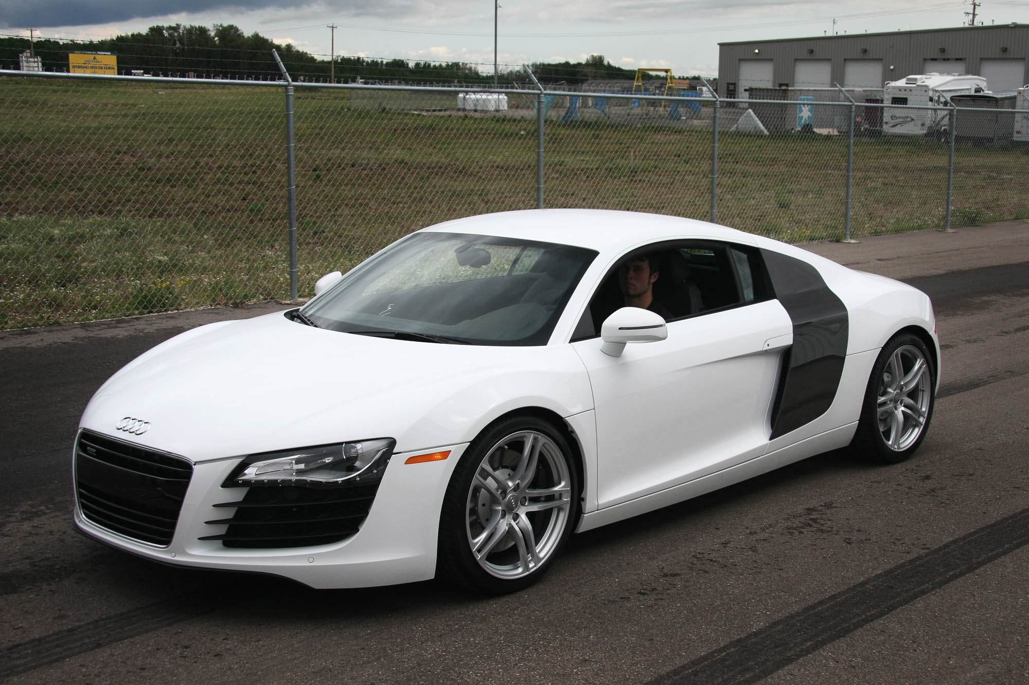 Audi For Sale >> 2009 Audi R8 - Sold - The Iron Garage